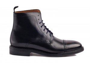 Berwick 242 Black Boot